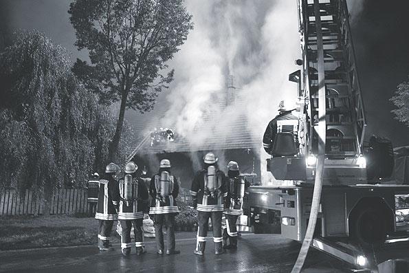 Wenn die Feuerwehr nicht ans Telefon geht... Artikel HERBSTFEUER Nr. 05